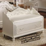 Kursi Bangku Classic Modern Model Sofa Kamar Tidur Terbaru